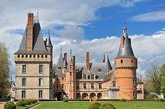 Le château de Maintenon est situé dans la commune de Maintenon en Eure-et-Loir, France. Il fait l'objet d'un classement au titre des monuments historiques depuis juillet 1944