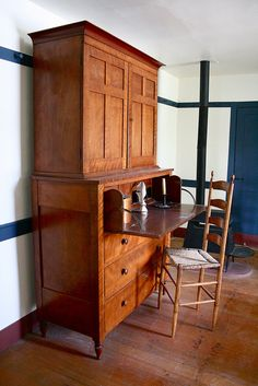 Pleasant Hill Shaker Village - Butler Desk