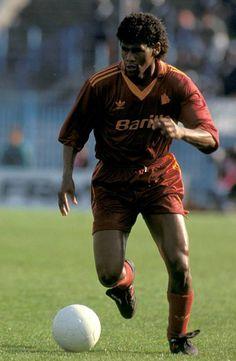 Aldair, AS Roma 1990.Source: 11 Freunde