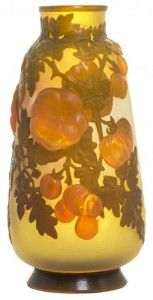 Galle Vase with Tomatoes Design