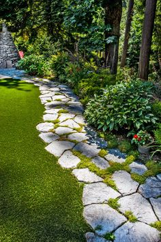 Breathtaking 13 Best DIY Walkway Design For Beautiful Garden Landscaping Ideas You need to apply the DIY garden path design to your home garden. This garden path can be something beautiful to design a garden in your yard. Garden Paving, Garden Stones, Garden Paths, Concrete Garden, Path Design, Landscape Design, Garden Design, Design Ideas, Landscape Steps