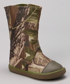 Marvelous Green Camo Rain Boot By Wee Kids