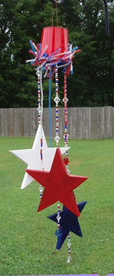 Fourth of July Star-Spangled Sun Catcher with @SmoothfoamCraft