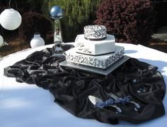 Monogrammed Wedding Cake - Round, Hexagon  Square - Black Scroll piping - toptierweddingcakes.dotphoto.com