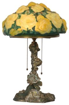 Pairpoint Puffy Yellow Rose Table Lamp : Lot 254