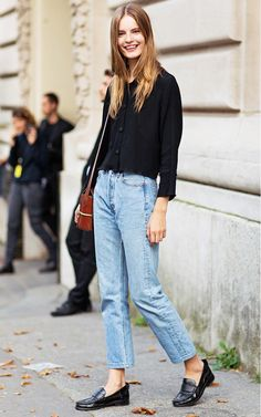 Mom jeans.Tags: barefoot, blonde, blouse, elegance, footwear, girl, ivy league, jeans, loafers, no socks, preppy, shirt, shoe, smart casual, sockless, without socks