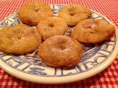 Appelbeignets kun je prima zelf bakken met zelfrijzend bakmeel, daar heb je heus geen 'compleet pakket' van Koopmans voor nodig.