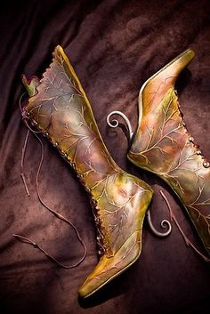 Amazing WOW or Lord of The Rings elf boots- or tinker bell fairy boots :)