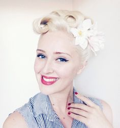 1950's Inspired up-do www.thevintagevalley.blogspot.com