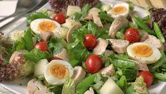Fruktig egg- og kyllingsalat