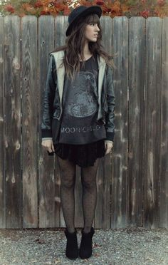 Love the look has a soft grunge influence x