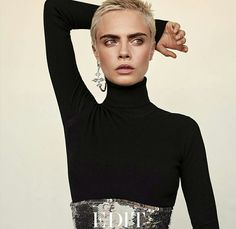 Model and actress Cara Delevingne lands the September 2017 cover of The Edit from Net-a-Porter. Lensed by Alexandra Nataf, the blonde beauty next to Beauty Editorial, Editorial Fashion, Blonde Beauty, Hair Beauty, Cara Delevingne Style, Cara Delevingne Photoshoot, Fashion Photography Inspiration, Short Pixie, Celebs