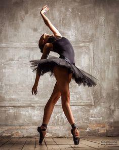 "421 Likes, 5 Comments - Dasha Nikonchuk (@dasha_nikonchuk) on Instagram: ""#ballet #ballerina #dance #balletdancer #balletphotography"""