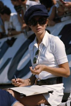 e8ef5229 r/OldSchoolCool - Nina Rindt, wife of champion Jochen Rindt, recording lap  times at a race in 1969