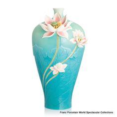 FZ02813 Franz Porcelain  Ruyi and Lotus  large vase light blue Spcial Order