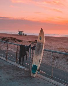 California Dreamin. Spirulina makes days brighter. It can help give you a boost to your day to achieve and explore the world. Check out the health benefits of California Spirulina at earthrise.com
