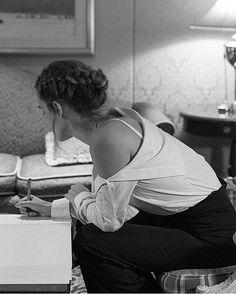 Ms Watson ᴘɪɴᴛᴇʀᴇsᴛ ||  @blackcheguevara ✊ ︻╦╤─
