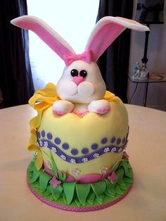 cute easter bunny cake