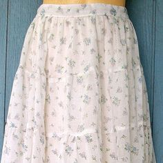 Gunne Sax prairie skirt | the prairie style was popular in the late 70's to early 80's. The Little House on the Prairie effect?