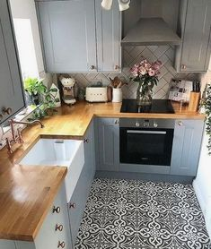 Clever Ideas for Small Kitchen Decoration #smallkitchendecor