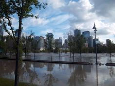 Calgary skyline 2013 Flood