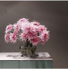 Pink || Fjura Secret Gardens, Flower Beds, Colorful Flowers, Interior Inspiration, Florals, Glass Vase, Floral Design, Plants, Pink
