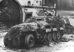 Sd.Kfz. 251/21. Ausf. D . mittlere Schützenpanzerwagen Drilling MG 151S. Normandia.1944.