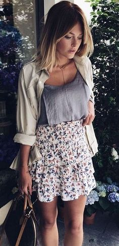 Neutrals + Floral                                                                             Source