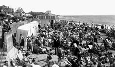 The Beach Walton On The Naze - I may have been there I was four and every summer holiday was spent with Nana and granddad. Walton On The Naze, British Seaside, Seaside Resort, My Childhood Memories, Great British, Cheap Travel, Travel Abroad, Dolores Park, Nostalgia