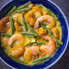 Ginataang Hipon w/ Sitaw + Kalabasa! Spanish Bread Filipino Recipe, Filipino Recipes, Meat, Food, Essen, Yemek, Meals