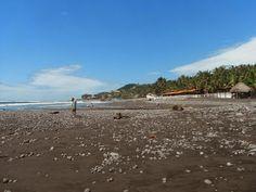 El Tunco, El Salvador on the Pacific Coast - Exploramum & Explorason