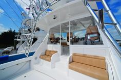 Viking 42 Sport Tower | HMY Yachts