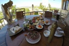 Page not found - Bakuba Tropic Of Capricorn, Restaurant, C'est Bon, Madagascar, Table Settings, Simple, Good Food, Spaces, Mountain