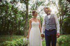 """Weiter geht's mit dem Themenspecial zum Braut-Rundruf! Heute nehmen euch Lena und Chris mit auf den Stimbekhof, in der Nähe von Lüneburg, wo Anne und Björn Fotografie ihren Hochzeitstag dokumentierte. """"Unsere Hochzeit war ein wunderschönes, entspanntes, ausgelassenes und unvergessliches Fest, das noch viel schöner war, als wir uns das in der gut 1,5 jährigen Vorbereitungszeit..."""