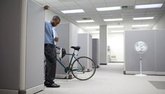 4 Benefits of Showing Up Early to Work Every Day  This why I come into the office early!