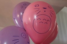 totoro balloons - could use black ones too to make soot sprouts.