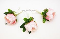 For your groom and groomsmen, this Real Touch pink peony boutonniere is accented with artificial hops and seeded eucalyptus and can be customized for your color scheme. This Real Touch pale pink peony boutonniere is accented with artificial hops and seeded eucalyptus and is finished with ivory satin ribbon. The boutonniere is accompanied by pearl pins for pinning it on. If you need more than 12, contact me for your custom order! We can customize this boutonniere to suit your colors. Contact…