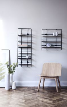 The Ideal Shelf Design for Small Spaces – Woud Coupé Wall Shelf by the Finnish Design Studio Poiat Home Interior Design, Interior Styling, Interior And Exterior, Scandinavian Design, Nordic Design, Minimalist Scandinavian, Regal Display, Contemporary Shelving, Etagere Design