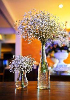 Arranjo de flores para festa de 50 anos  http://www.viva50.com.br/novos-arranjos-para-decorar-sua-festa-de-50-anos/