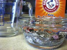 Silber reinigen – Tipps und Tricks mit wirksamen Hausmitteln