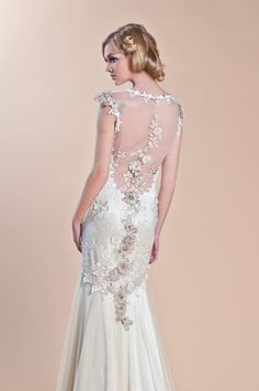 Claire Pettibone Windsor Rose collection with her signature low-cut back... love!