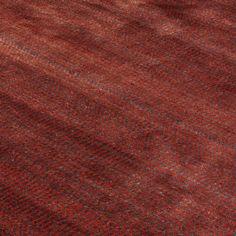 Katherine Carnaby Vloerkleed Darcy Auburn . . . Het vloerkleed Darcy Auburn is een vloerkleed uit de nieuwe collectie van Vloerkledenwinkel. Een exclusieve collectie met een subtiel patroon gecombineerd met een uniek weefpatroon. De Darcy kleden zijn beschikbaar in zeven verschillende kleuren. Elk vloerkleed bestaat voor 94% uit het materiaal Viscose en voor 6% uit Wol. Deze handgeweven kleden zijn met veel aandacht gemaakt in India en beschikbaar in vier verschillende maten.