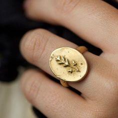 Flora Stamp Ring