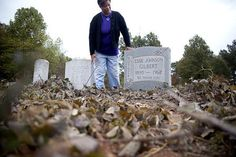 Residents work to clean, restore Fairview Cemetery http://www.indexjournal.com/news/Residents-work-to-clean-up--restore-Fairview-Cemetery #FairviewCemetery