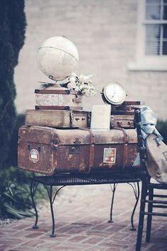 Inspiration Faire-part Mariage voyage rétro gris et jaune #fairepart #fairepartmariage #mariage #wedding #mariageretro #mariagevoyage #mariagechampêtre #gris #retro #jaune #voyage #croquezlapomme #graphiste #lille