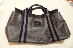 Handbag / Purse by TOMMY HILFIGER #TommyHilfiger #ShoulderBag