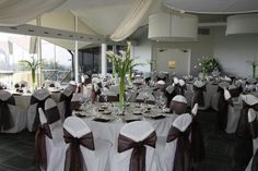 # Wedding #Flowers #Centerpieces #calalilies   Elegant Calalilies Centerpieces. White and Black linens.