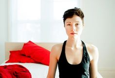 "Band: Polica --- Vocals: Channy Leaneagh --- Album: Shulamith --- Selected Track: So Leave ///// Download the ""GIRLS 2013 Music Compilation"" (30 songs; 112 min; mp3 320; 250 Mb) free at: http://yadi.sk/d/oK3A0ujnDaZaT"