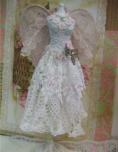 Trace-Elementz: Angel (could do something like this to make an angel or wedding outfit for a Barbie doll)