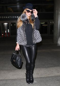 Paris Hilton Arrives in LA! And beyond fabulous with her #PHpurses! Check where to find your favorite in Europe at Zalando.com
